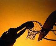 Баскетболисты «МЛК» и баскетболистки «ХАИ» одержали победы