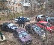 В Харькове разбили стекла трем автомобилям