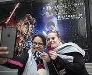Новые «Звездные войны» стали самым обсуждаемым фильмом в сети