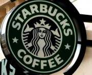 Starbucks приготовил рождественские подарки