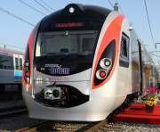 В двух скоростных поездах появились вагоны эконом-класса
