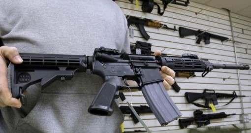 «Куплю пистолет, недорого»: что думают харьковчане о легализации ношения оружия