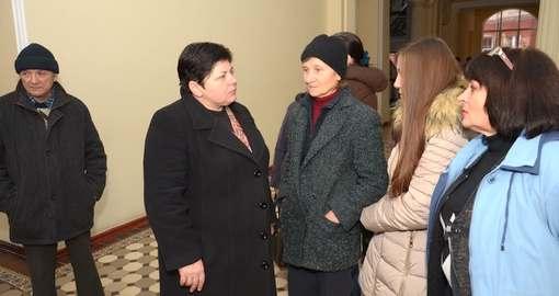 В Харькове жертвы афериста предупреждают об актах самосожжения