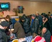 В Харькове бездомные получают горячее питание