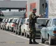 На украинско-польской границе в очередях стоят сотни авто