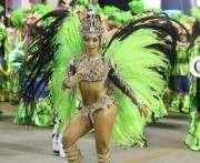 В Бразилии отменяют карнавал