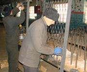 Харьковские заключенные изготовят две тысячи кроватей для армии