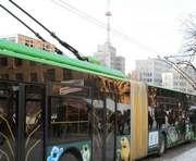 Первому троллейбусу в Харькове будут менять провода
