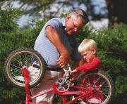 Весенние покатушки: все о велосипедах, самокатах и роликах