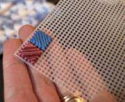 Харьковская студентка придумала пластиковую украинскую вышивку: фото-факт