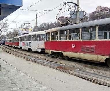 ДТП в Харькове: на Клочковской трамвай сбил человека