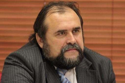 Эксперт: Киеву и Харькову необходимо заключить соглашение о распределении полномочий