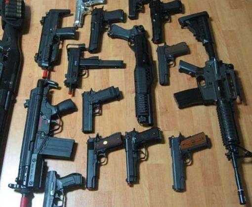 Харьковчане избавляются от нелегального оружия: видео