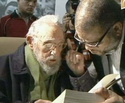Фидель Кастро впервые за девять месяцев появился на публике