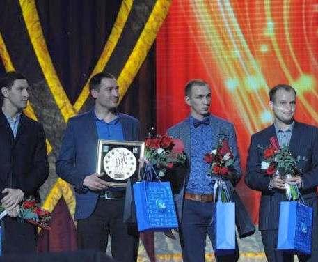 Сборная Украины по фехтованию признана лучшей командой-2015