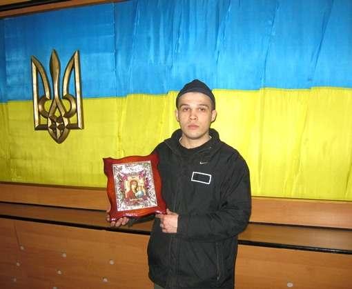 Осужденный Холодногорской колонии отправил икону на пасхальную выставку в Киев