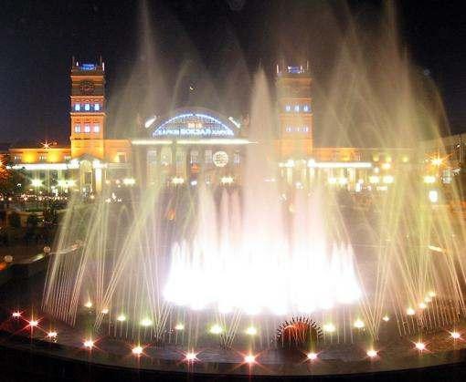 Сегодня в Харькове заработает первый фонтан
