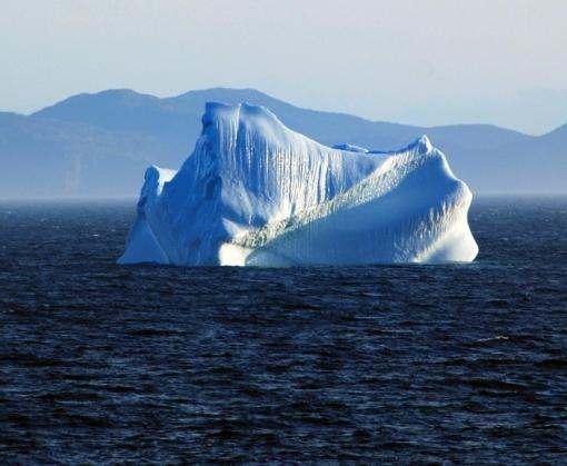 От Антарктиды откололся 30-километровый айсберг