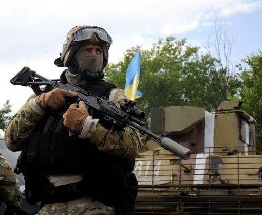 Бойцы в зоне АТО поздравили украинцев с Пасхой: видео