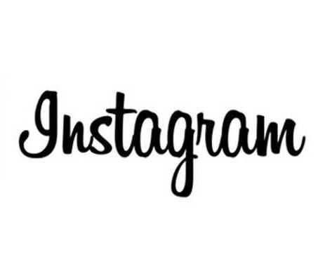 Instagram провел кардинальный редизайн и стал черно-белым