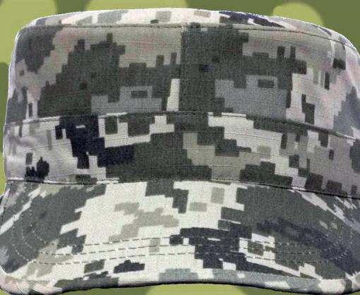 В Харькове начали выпускать военные кепки