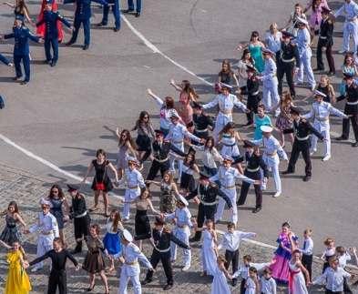 В Харькове станцуют мега-вальс на площади Свободы