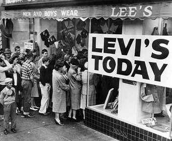 Levi's отмечает 163-й день рождения джинсов 501