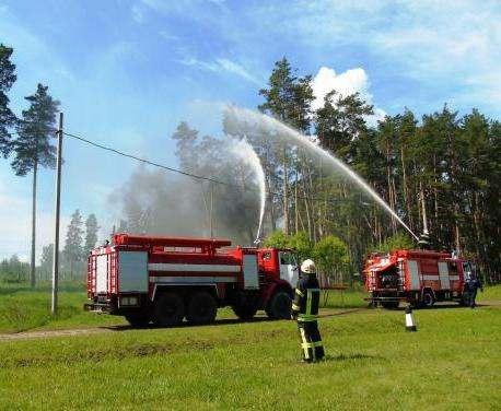 В Харьковской области прошли учения по ликвидации лесных пожаров