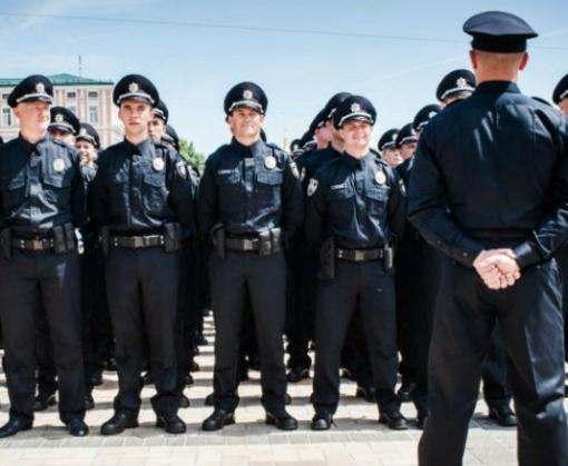 Выпускные в Харькове выйдут охранять больше тысячи полицейских