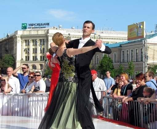 На «Харьковском вальсе» ожидают дефицит партнерш