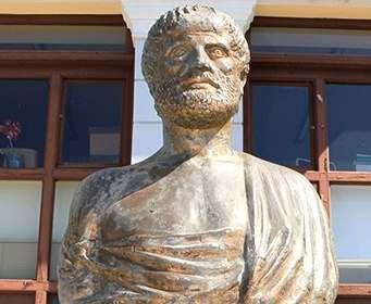 Найдена могила Аристотеля