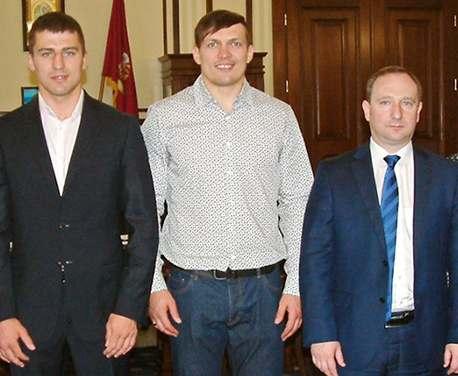 В Харьков приехали известные украинские боксеры