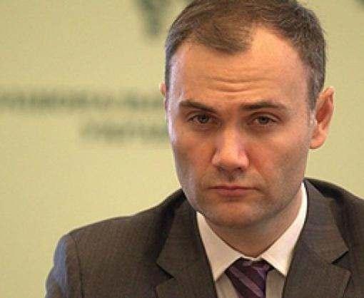 Суд арестовал почти 200 миллионов экс-министра Юрия Колобова