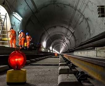 В Швейцарии открыли самый длинный в мире тоннель