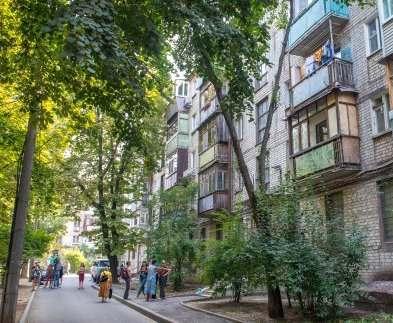 В Харькове навели порядки в четырех тысячах дворов