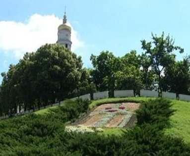 В Харькове появилась еще одна Зеркальная струя: видео