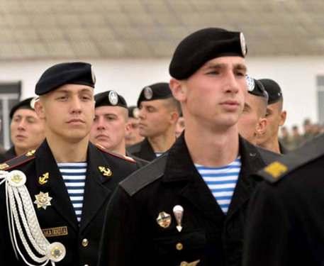 Кем хотят служить харьковчане в армии