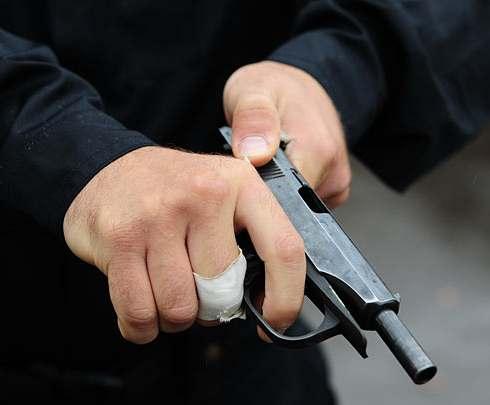В Германии неизвестный устроил стрельбу в кинотеатре