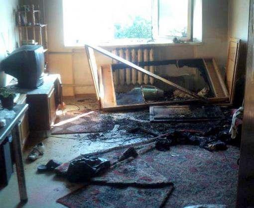 В Чугуеве эвакуировали людей из горящего дома