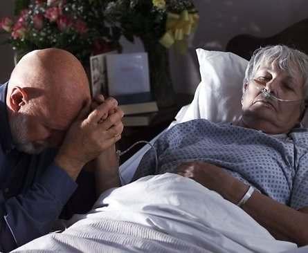 Посетителям разрешили навещать пациентов отделений интенсивной терапии