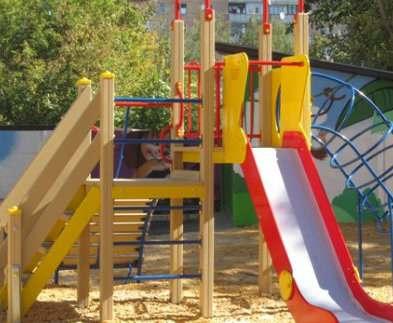 Во всех харьковских детсадах установят новые игровые площадки