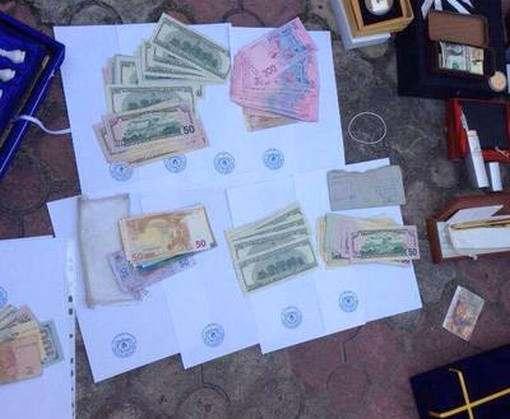 В доме чиновника Харьковского горсовета провели обыски: фото-факты