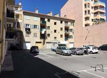 Кем был террорист из Ниццы: фото-видео-факты
