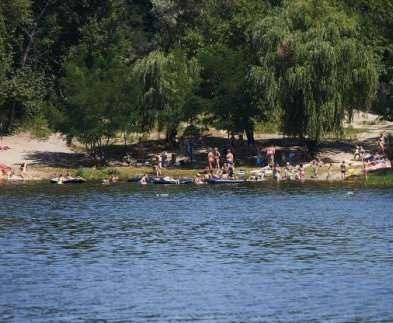 Весьма вовремя: купаться можно во всех харьковских водоемах