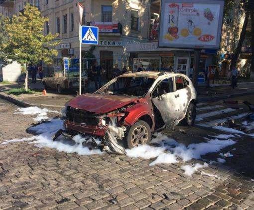 В Киеве в результате взрыва в машине погиб журналист Павел Шеремет: фото, видео