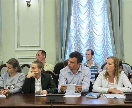 В школах Харькова будут отчитываться о родительских взносах