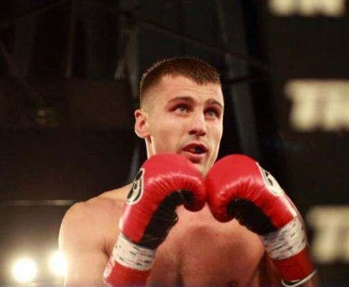 Харьковский боксер защитил титул чемпиона