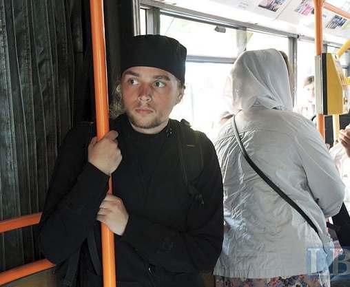 Как в Киеве проходит крестный ход