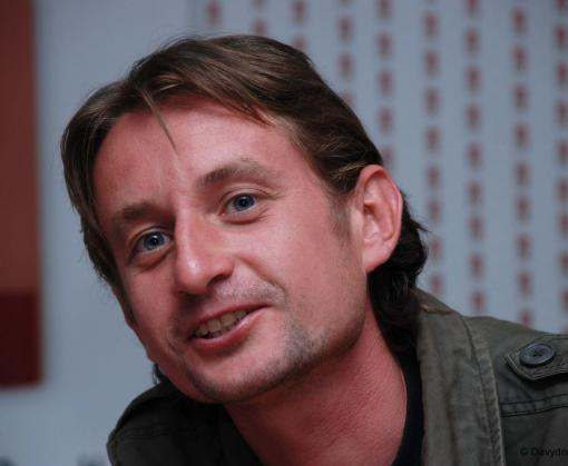Сергей Жадан отдаст премию детям Луганщины
