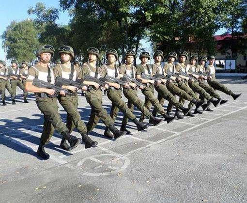 Отряд харьковских курсантов отправится на киевский парад